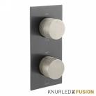 Bateria prysznicowa termostatyczna 2-drożna - Individual Knurled X Fusion - IND-T148/2-XBNK - Czarny Szczotkowany & Nikiel Szczotkowany